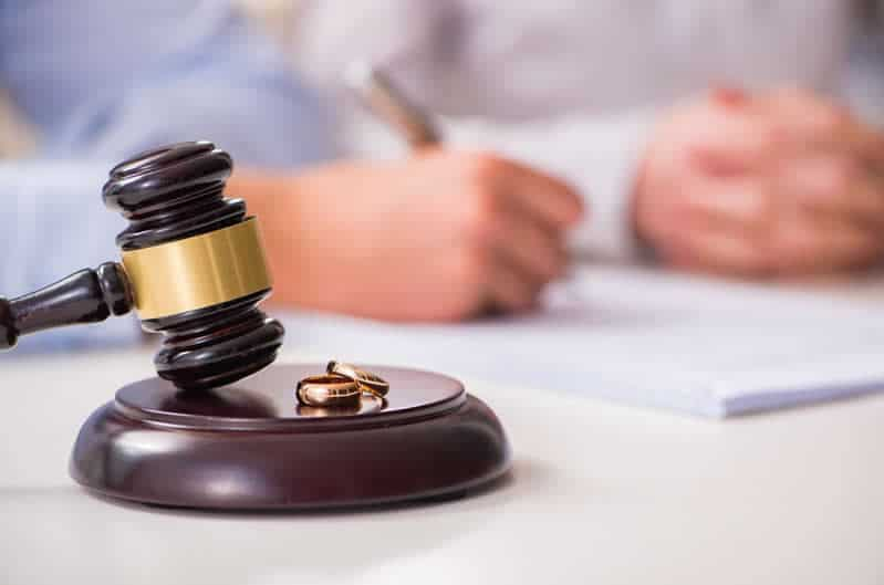 How Divorce Affects the Immigration Process